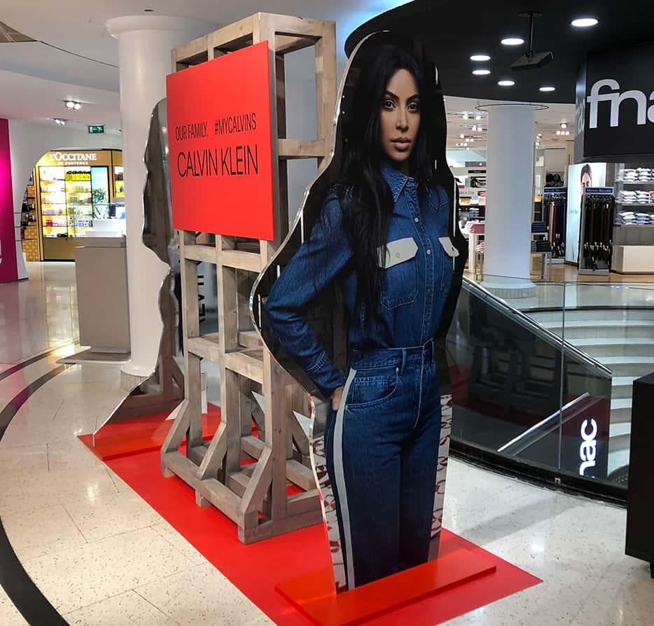 El estilo industrial que eligió Calvin Klein aportaba un gran atractivo visual a sus campañas