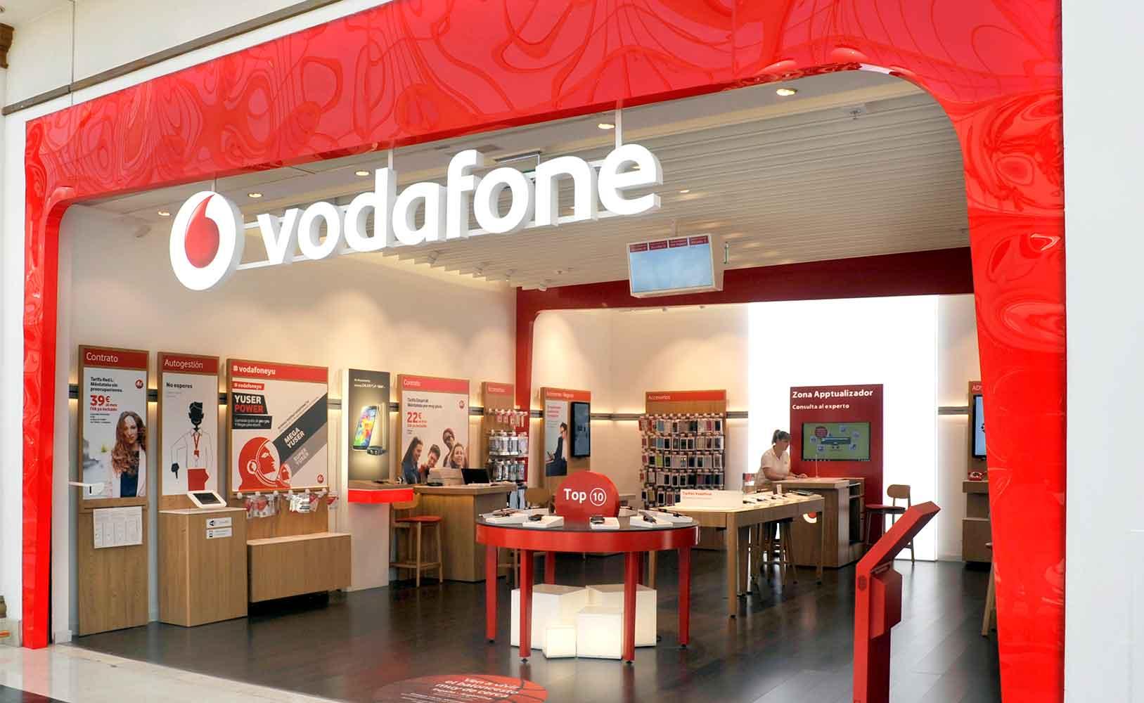 Producción gráfica y comunicación visual de tiendas Vodafone