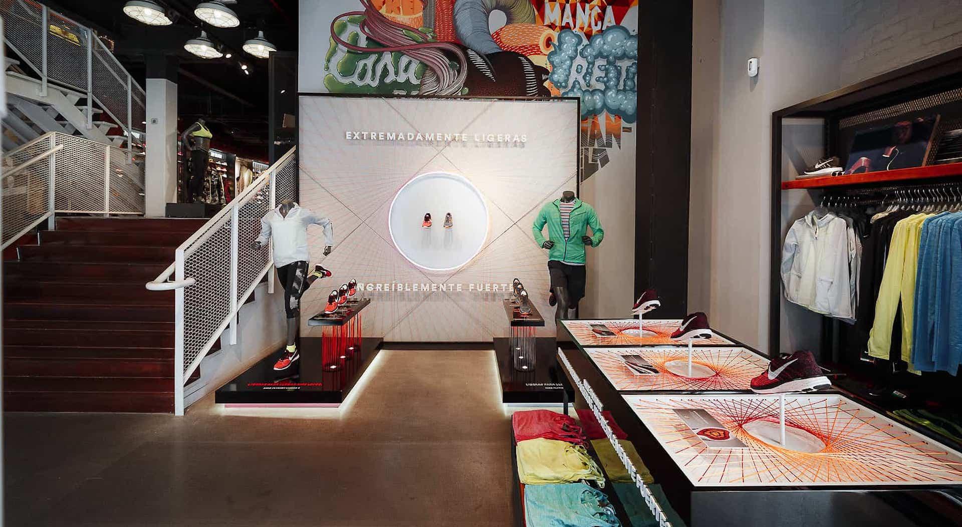 Produccion e instalación interior en la tienda de Nike de Madrid