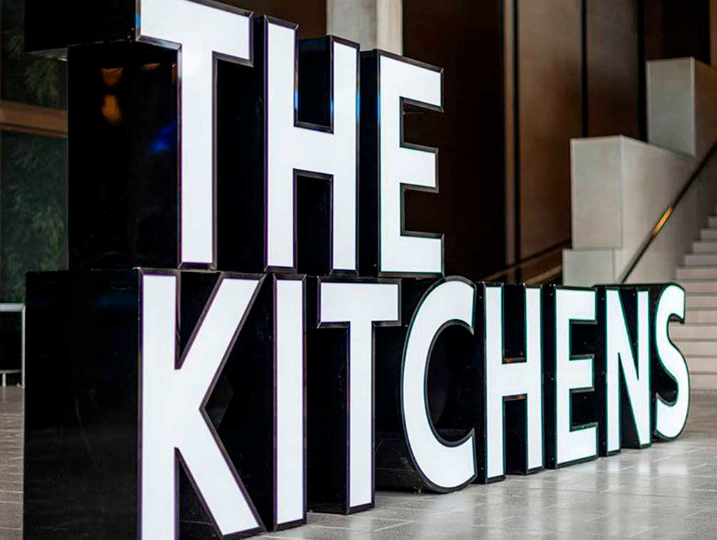 Rotulo metacrilato The Kitchens
