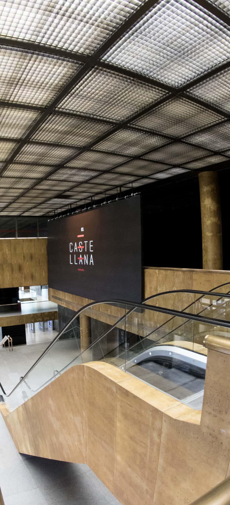 Digitalización con pantallas de contenido personalizado en edificios de negocios