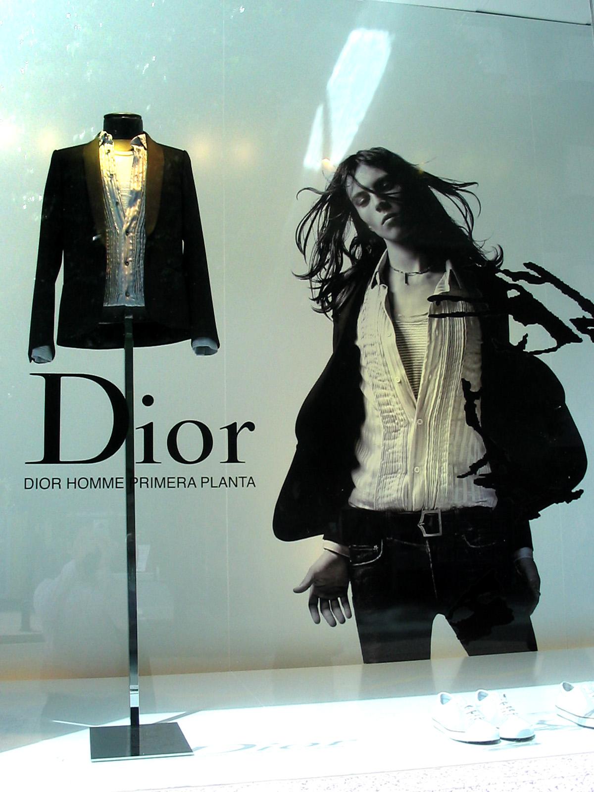 Dior Homme - Escaparate en Puerto Banus
