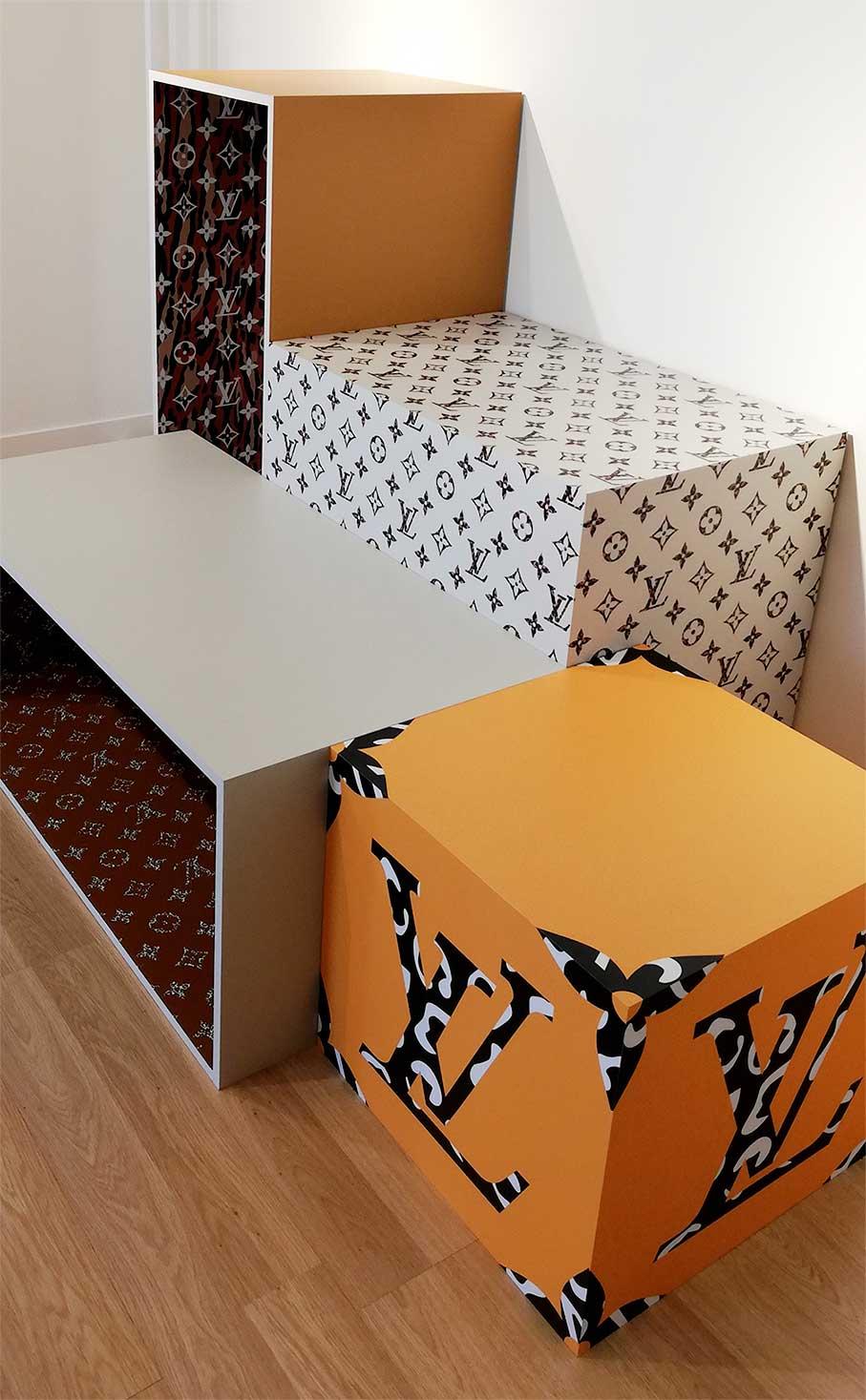 produccion-impresion-grafica-para-decoracion-de-mobiliario-personalizado-louis vuitton