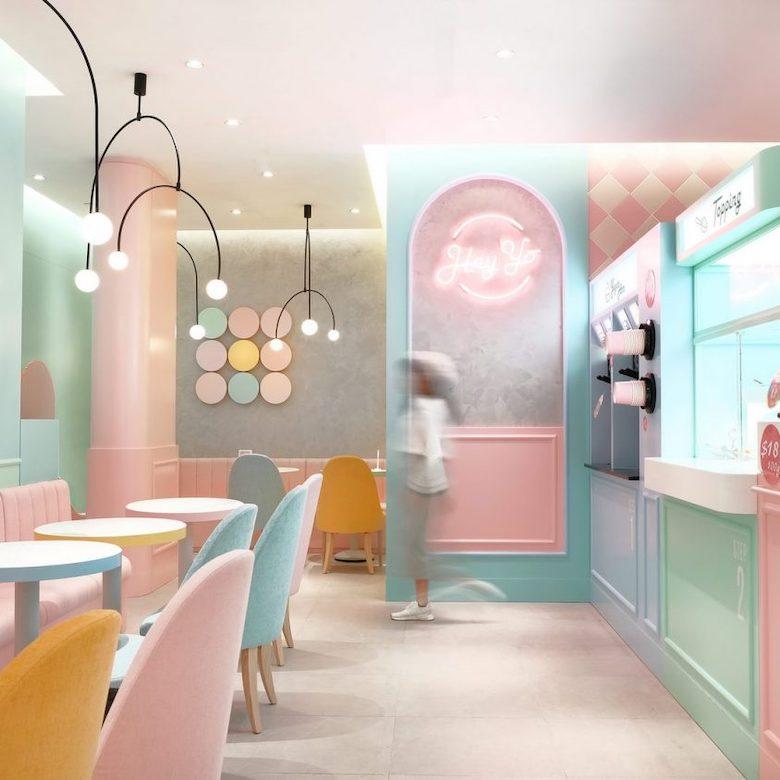 interior-de-tienda-de-yougures-pintada-con-colores-pasteles
