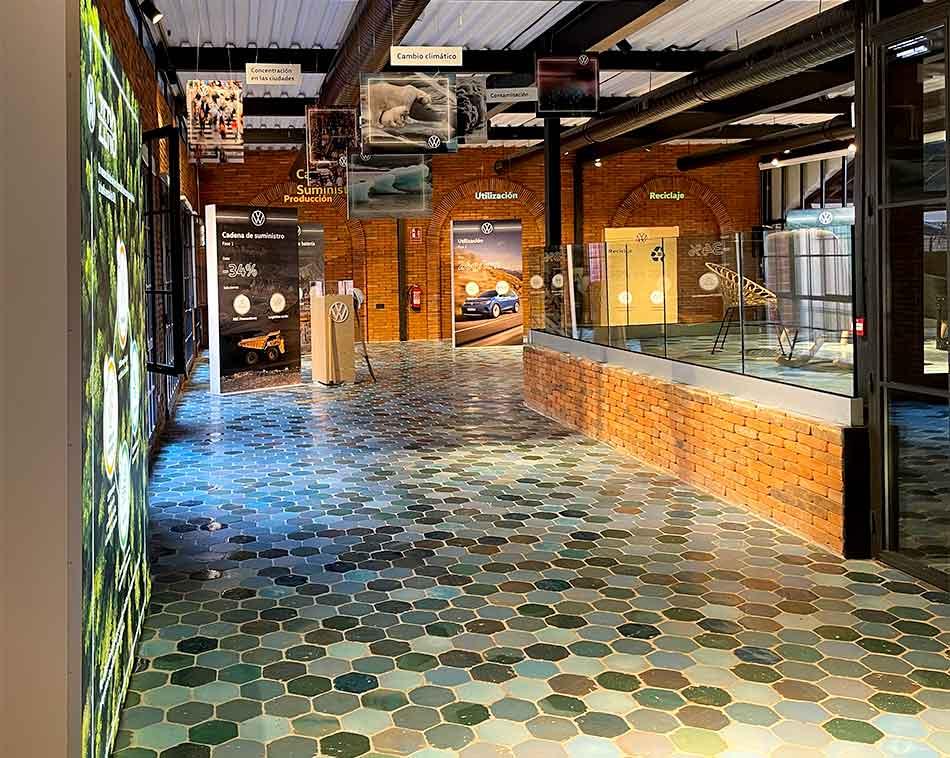 Producción e instalación integral de la decoración y mobiliario