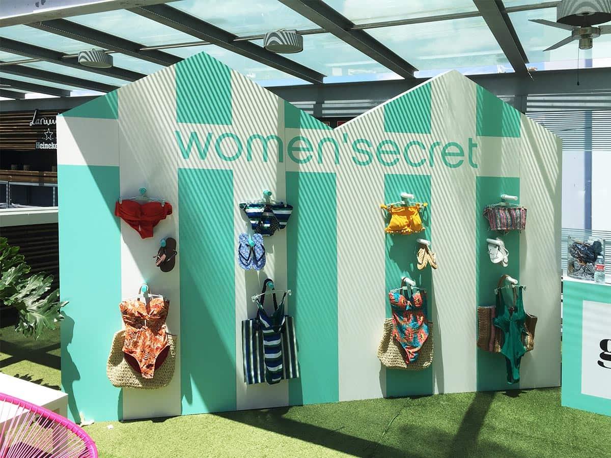 instore-clientes-womensecret-diseno-de-espacios-con-dibond-para-evento