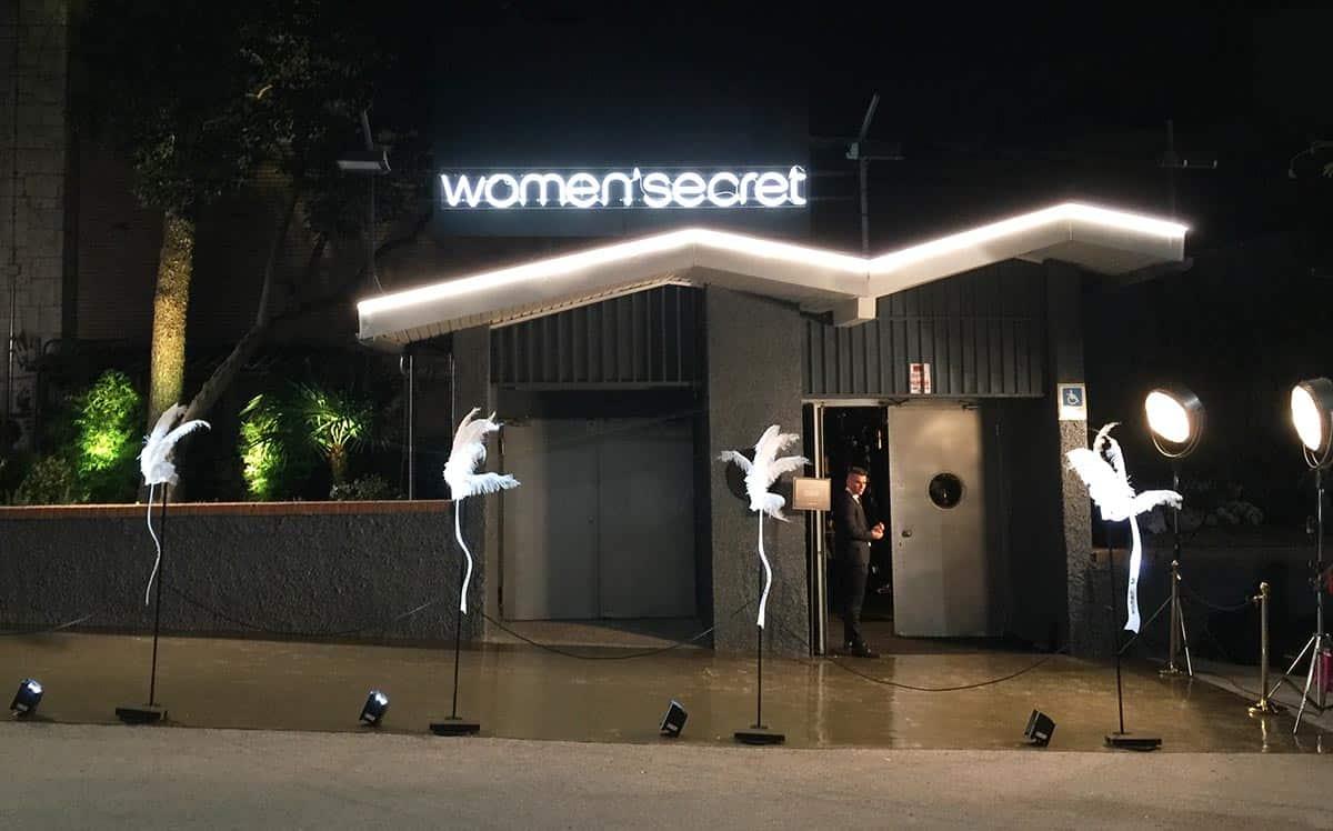 instore-clientes-womensecret-rotulos-luminosos-evento
