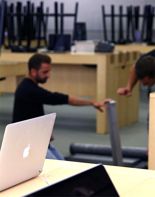 iinstore-clientes-apple-matenimiento-e-nstalacion-muebles-para-tiendas