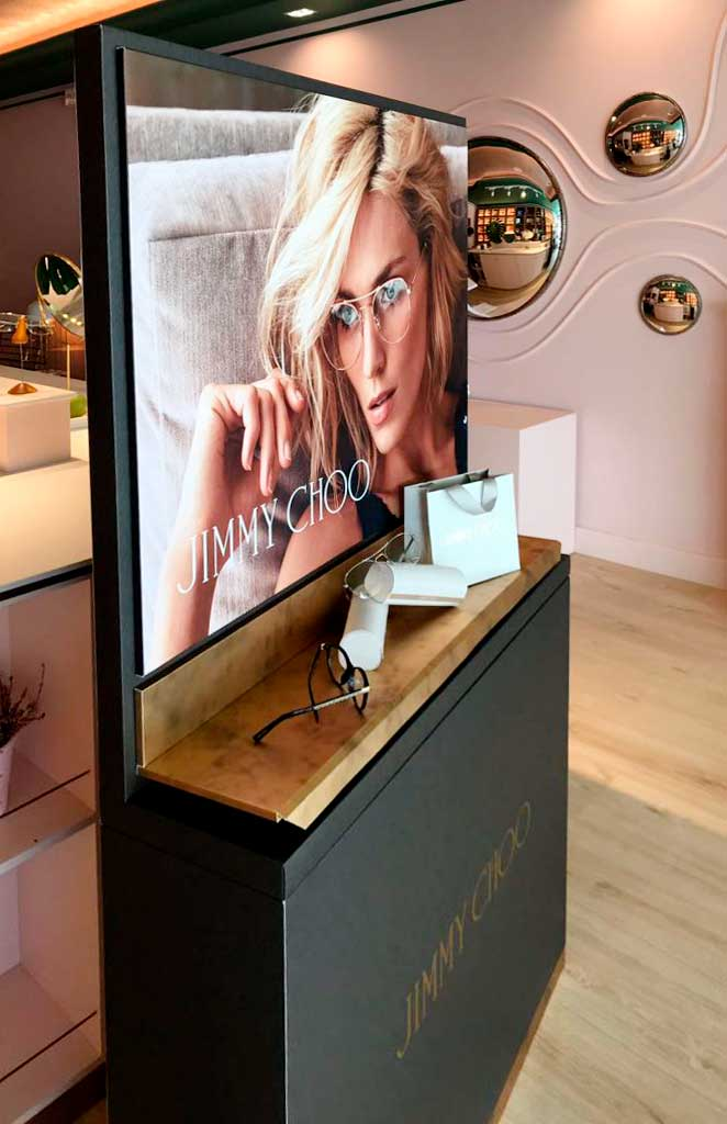 instore-clientes-jimmy-choo-mobiliario-para-tiendas-de-optica