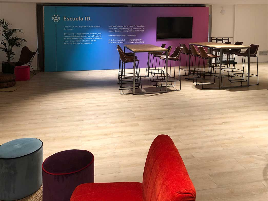 instore-clientes-volkswagen-impresion-gran-formato-evento