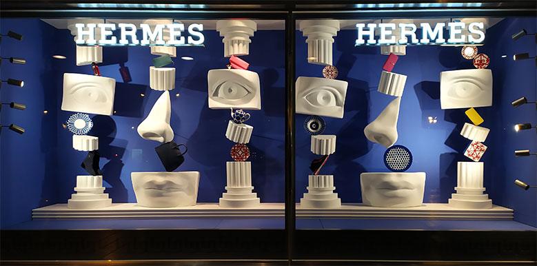 instore-clientes-hermes-escaparates-xxxl