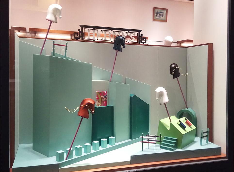 instore-clientes-hermes-produccion-decoracion-escaparates